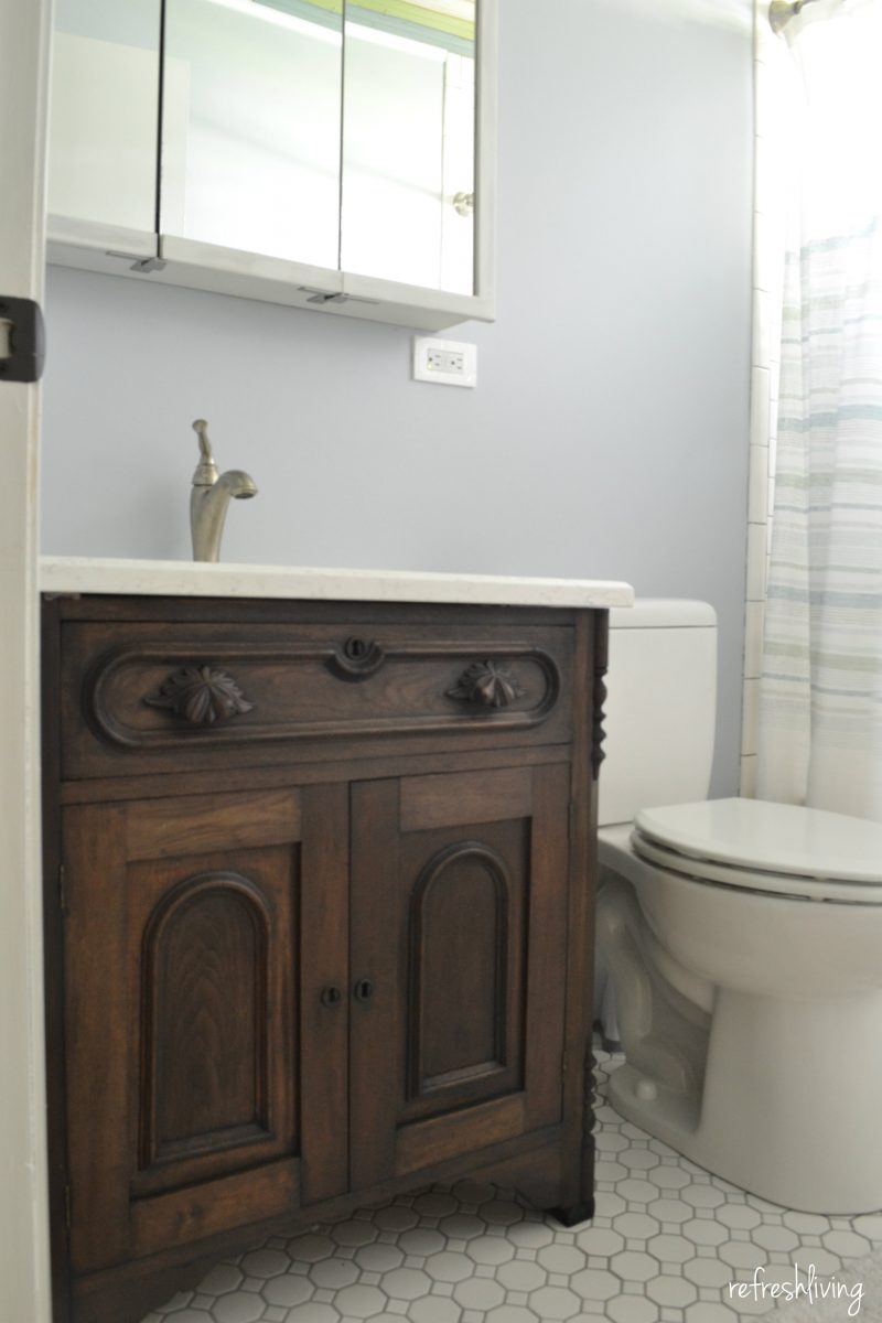 Bathroom remodel on a budget with reclaimed materials for Bathroom remodel 2015