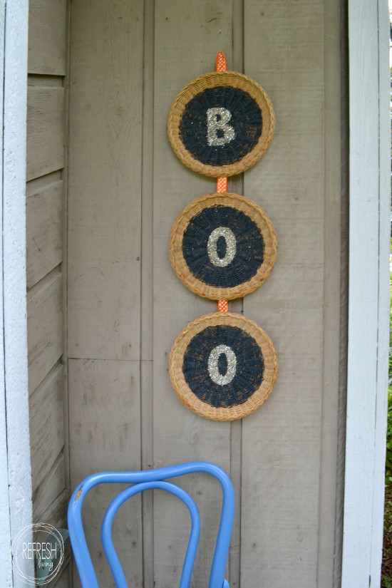diy halloween wreath with thrift store items