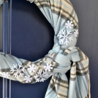 Easy winter wreath made with an old scarf