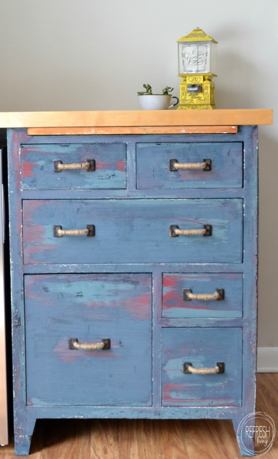 how to get layered paint in different colors on furniture