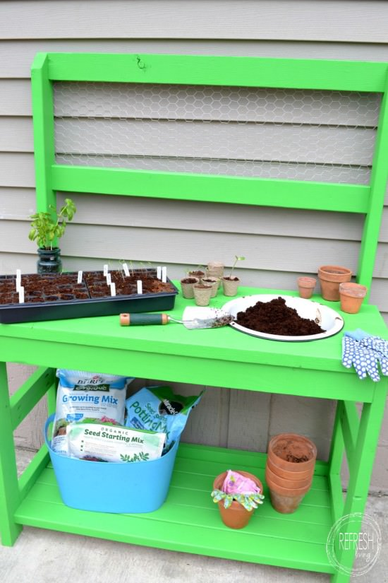 make your own potting bench with 2 x 4s