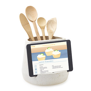 unique-gift-for-someone-who-loves-to-cook-ipad-utensil-holder