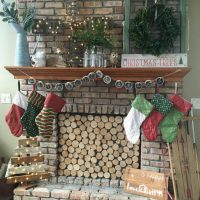 This Christmas home tour combines farmhouse and vintage finds with a ton of easy DIY projects.